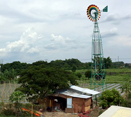 Windmill in Philippines Offers Alternative Energy Source for Eco-Farm